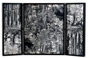 Collage #96,2016.(Frente).Retablo, collage,papel, hilo, bisagras. 62,8 x 100 cm (abierto).