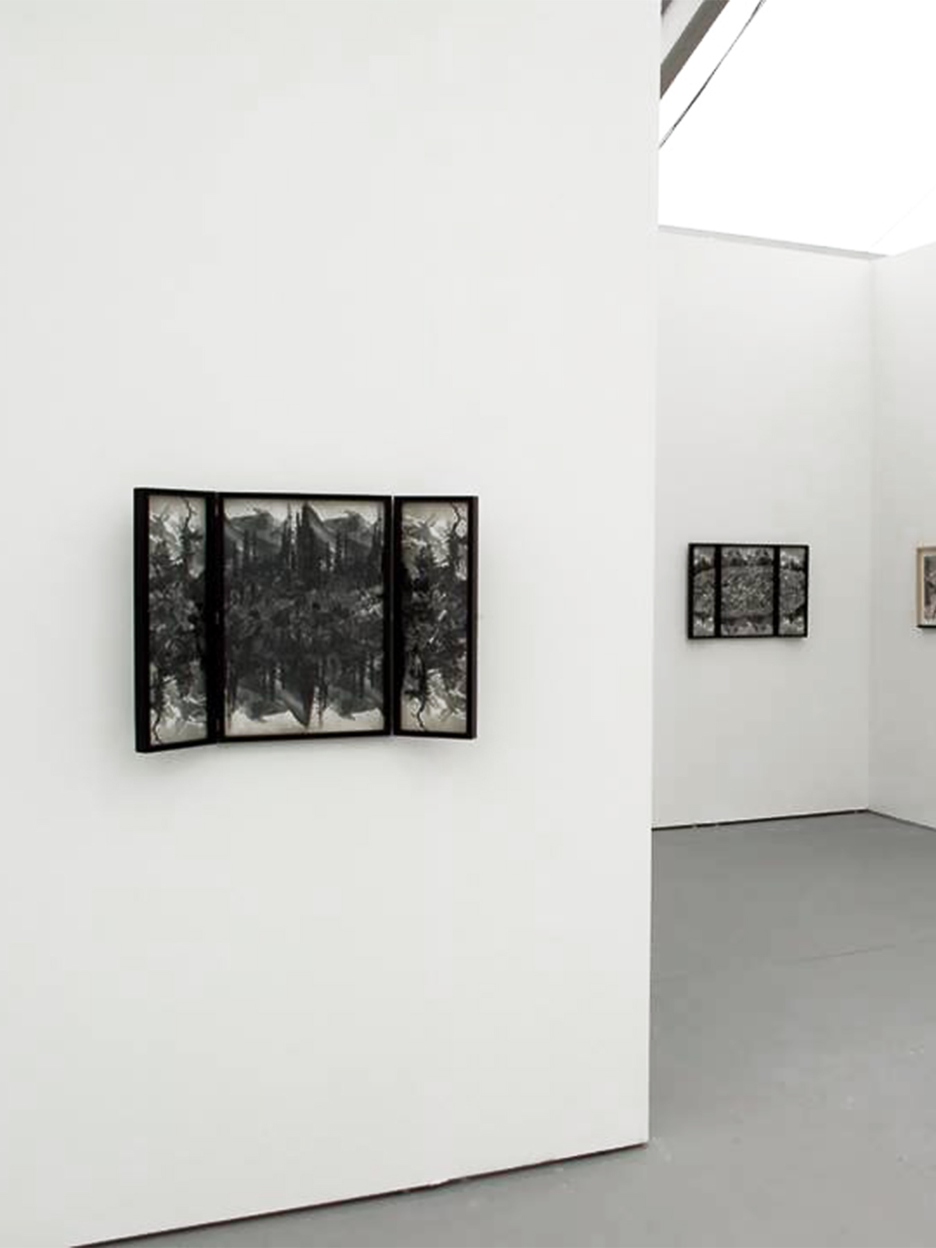 Collage #87, #88. 2015. Vista general Untitled Art Fair, galería Nora Fisch, Miami.